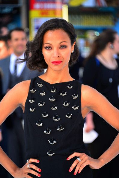 Zoe Saldana + Star Trek Premiere: Get the Look with Laura Mercier